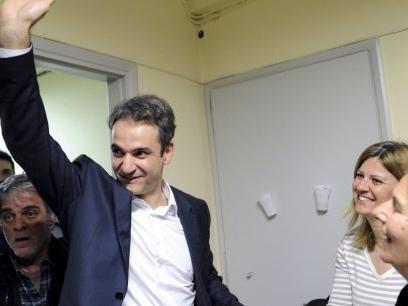 Grèce : la droite balaye la gauche de Tsipras aux législatives