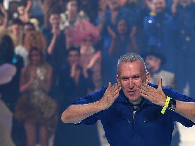 Joyeux, hors normes, irrévérencieux... On a assisté au dernier défilé de Jean Paul Gaultier