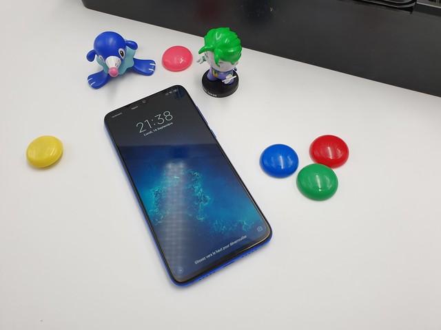 Xiaomi dévoile le Mi 9 Lite à partir de 299 euros