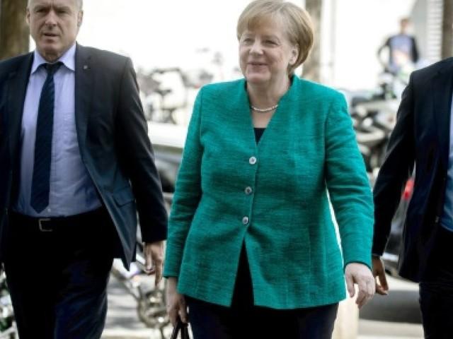 Merkel joue son avenir avec un conflit gouvernemental sur les migrants