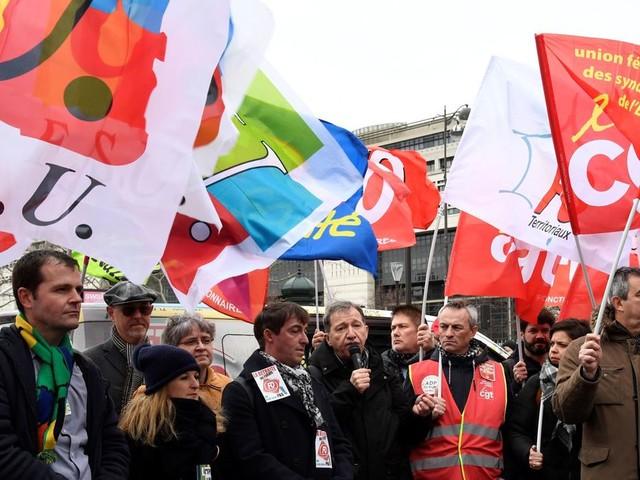 Retraites: les syndicats annoncent une nouvelle journée de grèves et manifestations le 24 janvier