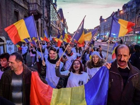 """A Timisoara, une """"marche de la liberté"""" pour les 30 ans de la révolution roumaine"""