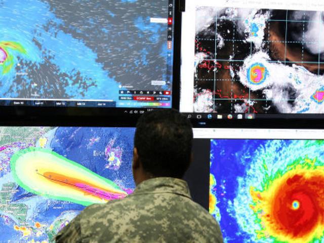 Ouragans Harvey, Irma, Jose... la faute au réchauffement climatique? C'est plus compliqué que ça...