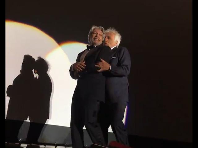 """VIDEOS - Surprise, Chabat et Darmon ont dansé la Carioca pour les 25 ans de """"La cité de la peur"""" : """"C'est touchant !"""""""