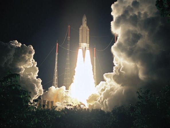 """Souveraineté spatiale européenne : """"L'horizon est dégagé pour les années à venir"""", estime Jean-Yves Le Gall"""