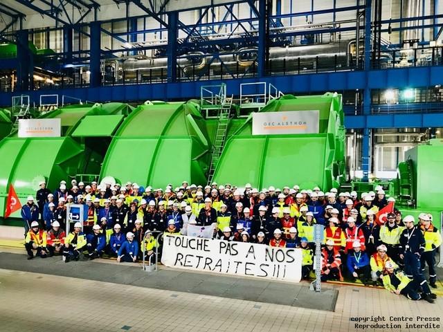 Civaux : la CGT bloque le redémarrage d'un réacteur nucléaire