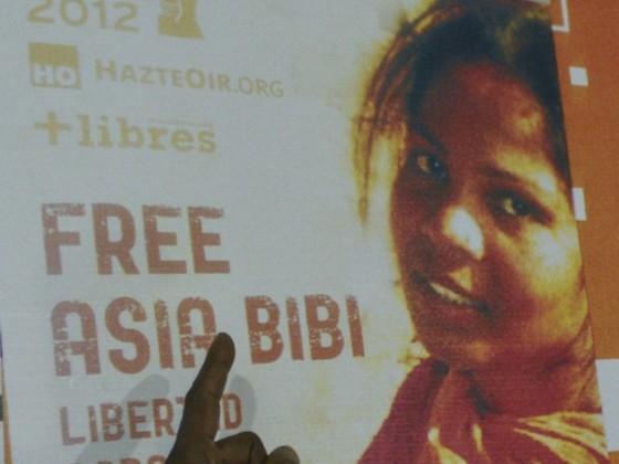 """J'ai souvent vu la mort arriver"" : Asia Bibi sort de son silence"