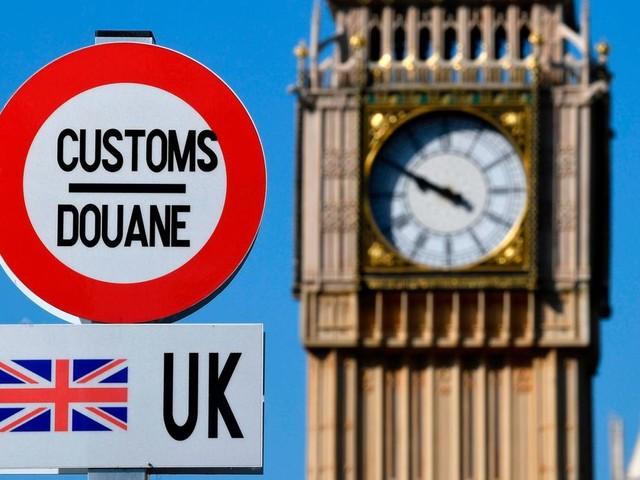 La quarantaine levée à l'arrivée au Royaume-Uni pour certains pays, mais pas la France?