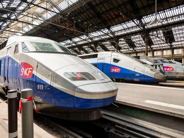 """Coronavirus: """"offre réduite"""" de transport à la RATP et la SNCF la semaine prochaine"""