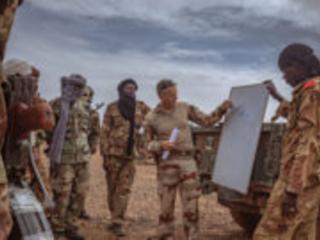 Opération Barkhane : un dispositif d'aide au développement pour les pays du G5 Sahel