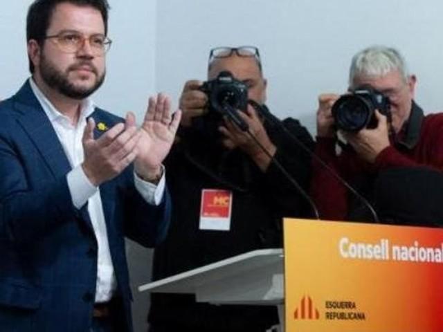 Elections législatives en Espagne: un parti indépendantiste catalan ouvre la voie à la reconduction au pouvoir de Sanchez