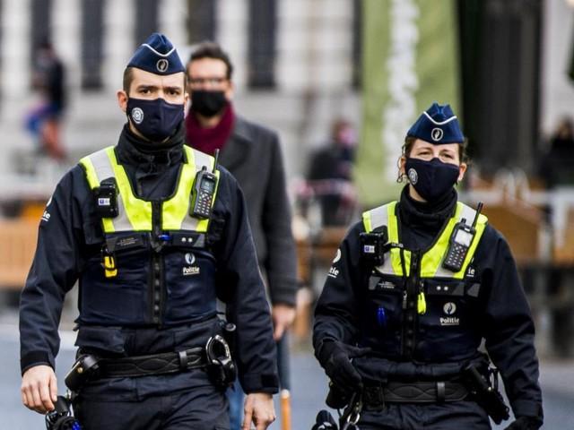 Contrôle des quarantaines: manque d'informations, aucune consigne, les visites policières ont débuté «dans le flou le plus total»