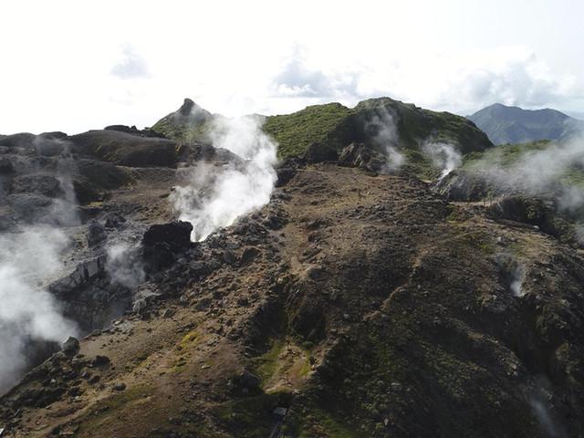 Guadeloupe: Le volcan du massif de la Soufrière au coeur d'un documentaire inédit ce dimanche sur France Ô
