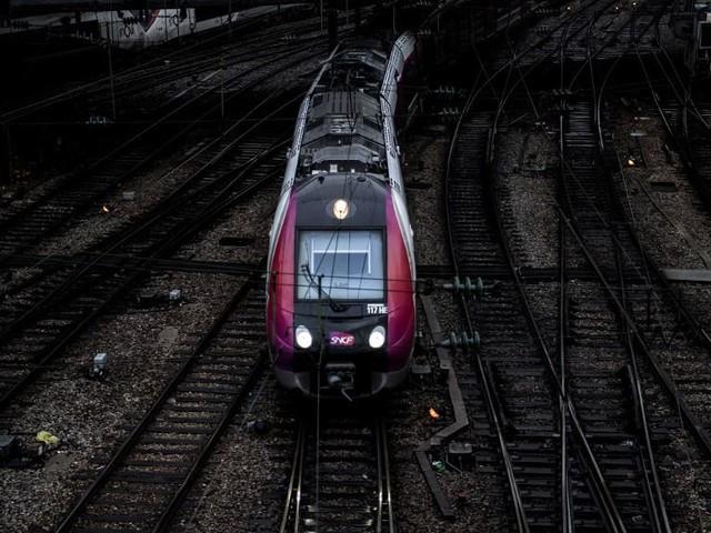 DIRECT. Grève du 14 décembre : suivez la journée de mobilisation à la RATP et à la SNCF en temps réel et les perturbations sur les routes