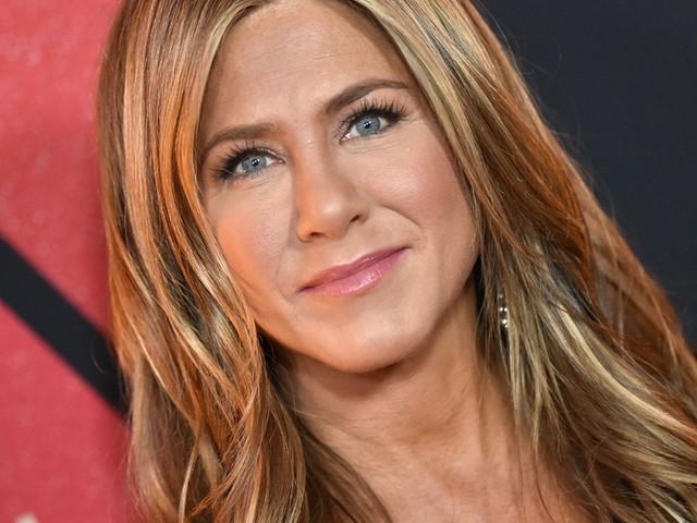 Jennifer Aniston : on veut sa robe pour le nouvel an