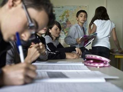 Classes bilangues, latin et grec : ce que prévoit l'arrêté modifiant la réforme du collège