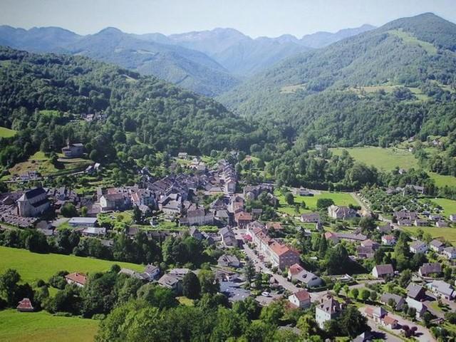 « Mon Beau Village » : à Castillon-en-Couserans, quand le passé côtoie le présent