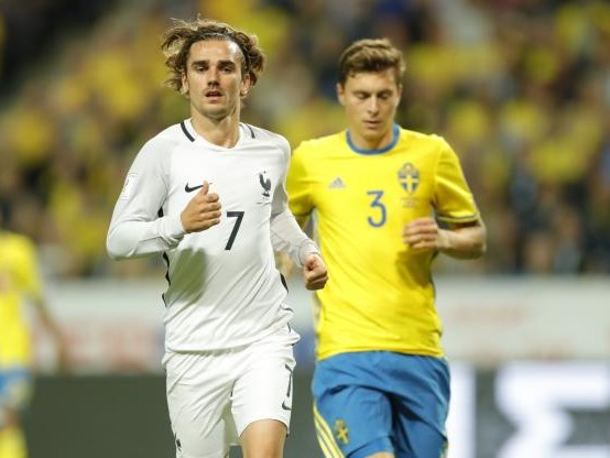 Foot - Bleus - Les Bleus veulent «gagner les quatre derniers matches» pour aller au Mondial