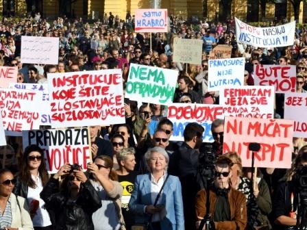 Affaire de viol en Croatie: des milliers de manifestants contre les juges