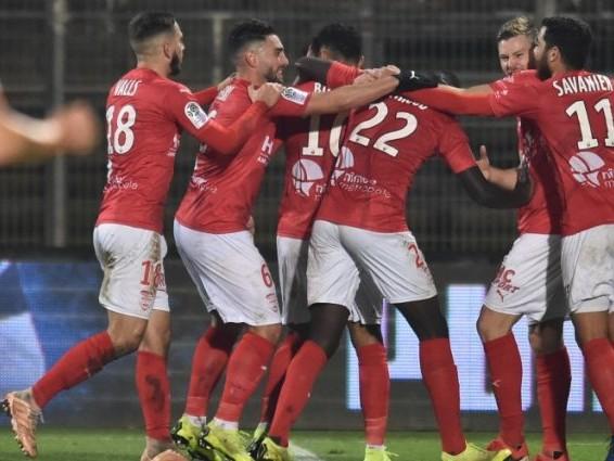 L1 (J15) : Nîmes défait Amiens, qui passe la barre des dix défaites