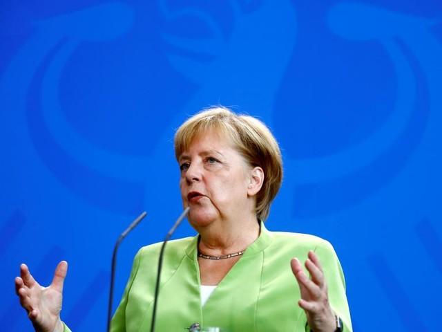 Allemagne: Angela Merkel s'inquiète de la crise de la devise turque