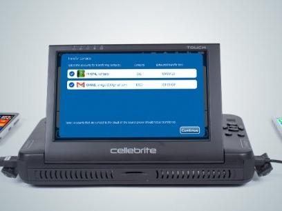 Bientôt dans presque tous les commissariats, un logiciel pour fouiller dans vos portables – Par Christophe-Cécil Garnier