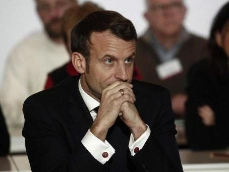 """Réforme des retraites en France - Emmanuel Macron salue un """"compromis constructif et de responsabilité"""""""