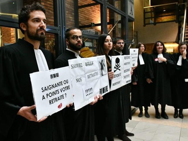 Avocats du barreau de Dijon : poursuite de la grève illimitée contre la réforme des retraites