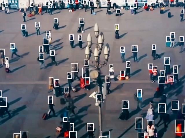"""Tous surveillés, enquête sur ARTE au cœur du nouveau """"totalitarisme numérique"""" mondial."""