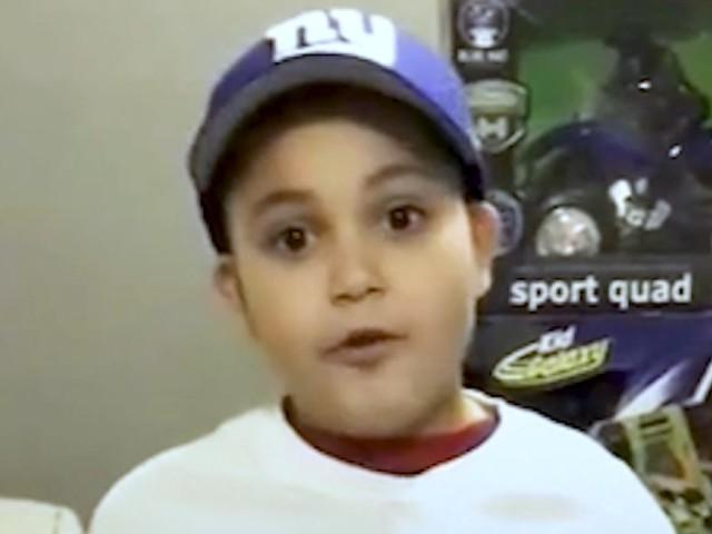 À 8 ans, il collecte plus d'un millier de jouets pour les enfants de Porto-Rico
