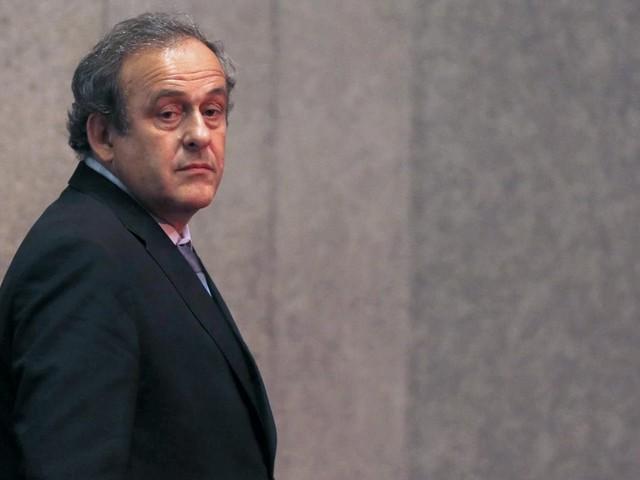La FIFA réclame 1,84 million d'euros à Platini et va saisir la justice