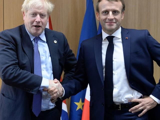 Brexit : la crise du coronavirus va-t-elle obliger Johnson à lever le pied?