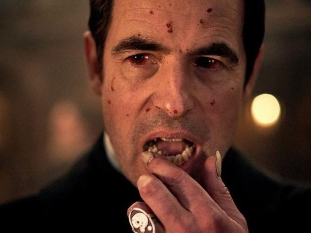 Dracula : Netflix dévoile un teaser de la série des créateurs de Sherlock