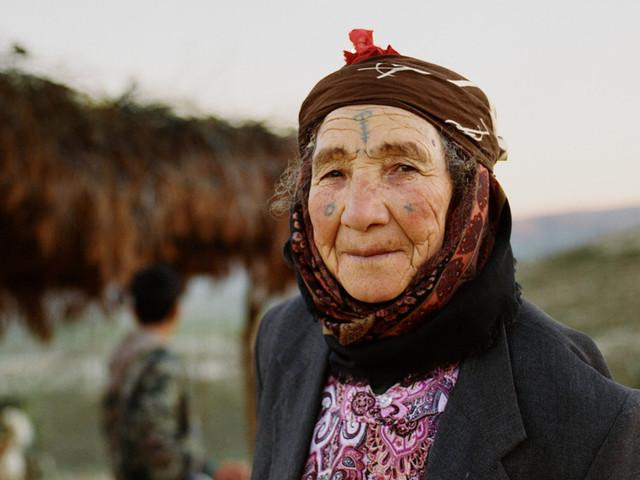 À la rencontre de la dernière génération de femmes amazighes tatouées