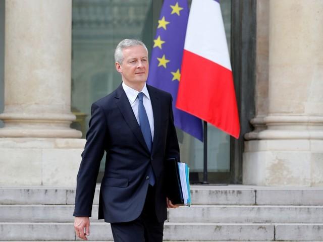 La France prête à saisir l'OMC face aux menaces américaines sur le champagne, dit Le Maire