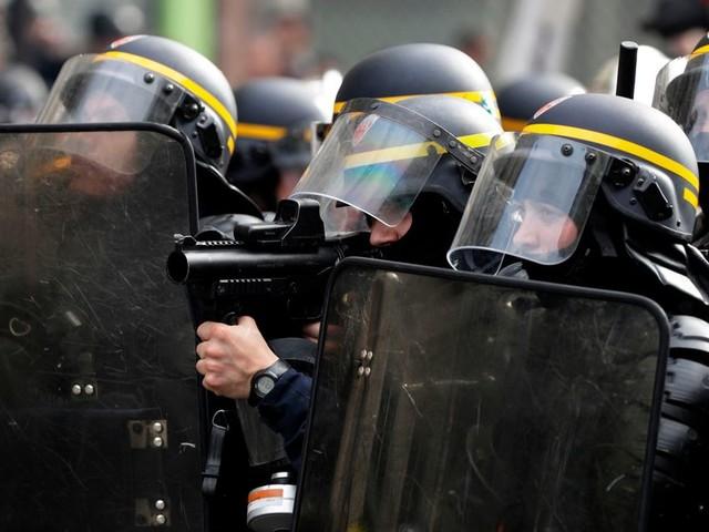 Violences policières: ce syndicat admet des craquages et veut une meilleure formation