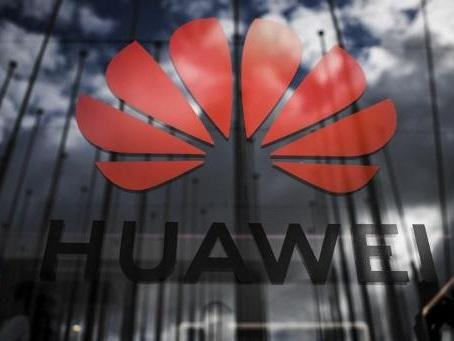"""Huawei: chiffre d'affaires inférieur aux prévisions, cap sur """"la survie"""" en 2020"""