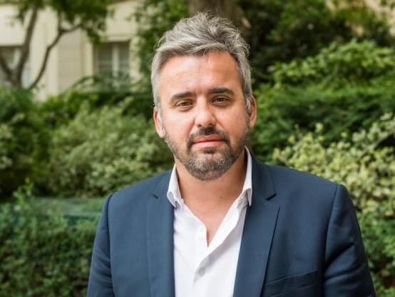 Frais d'incidents : La France Insoumise propose un plafond à 2 euros pour tous