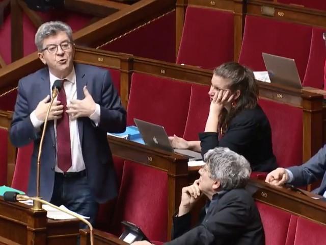 """Réforme des retraites: Mélenchon s'en prend au """"totalitarisme"""" de la majorité"""