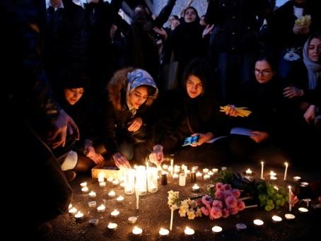 "Avion abattu en Iran: Trump met en garde contre un ""nouveau massacre"" de manifestants"