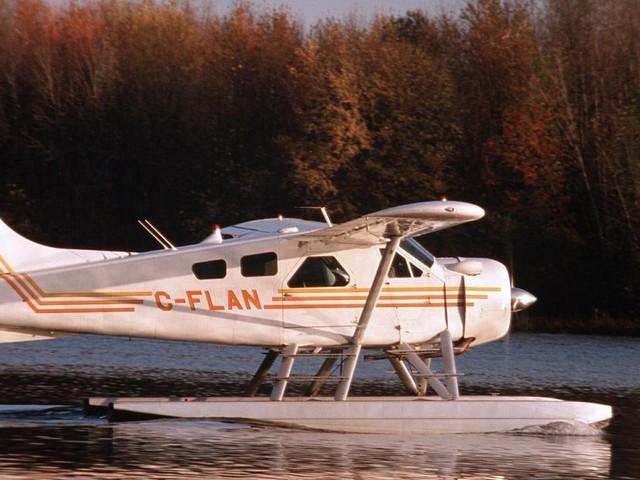 Le vol d'essai pour le premier hydravion commercial électrique au Canada est réussi: «C'est le début de l'ère de l'aviation électrique»