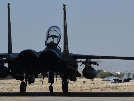 Yémen: crash d'un avion de combat saoudien, la rébellion dit l'avoir abattu