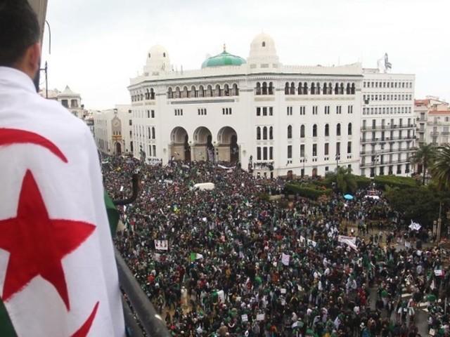 Algérie: Amnesty revient sur la répression du Hirak, deux ans après