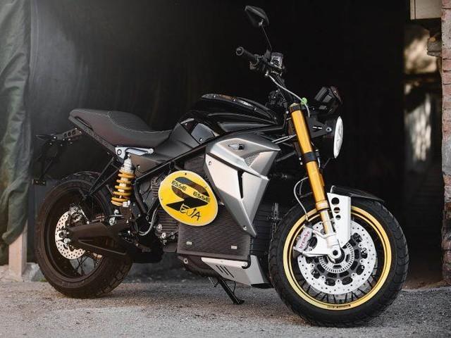 EsseEsse9 : 200 km d'autonomie pour une moto électrique au look néo-rétro