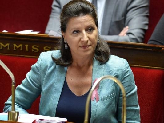 Agnès Buzyn se prononce en faveur de la vaccination des garçons contre les papillomavirus