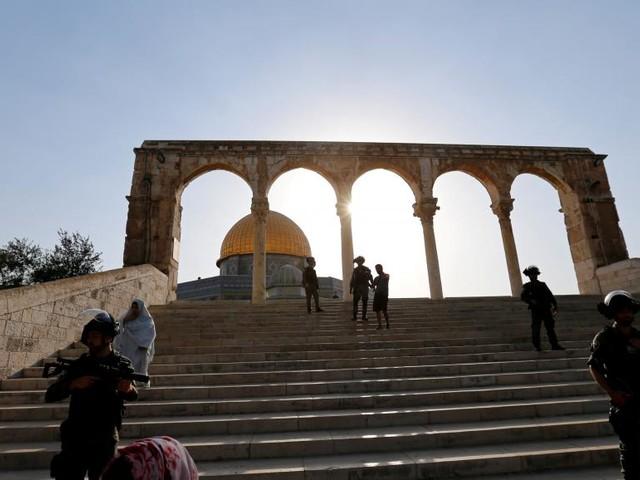 Jérusalem: Israël craint des heurts et limite l'accès à l'esplanade des Mosquées