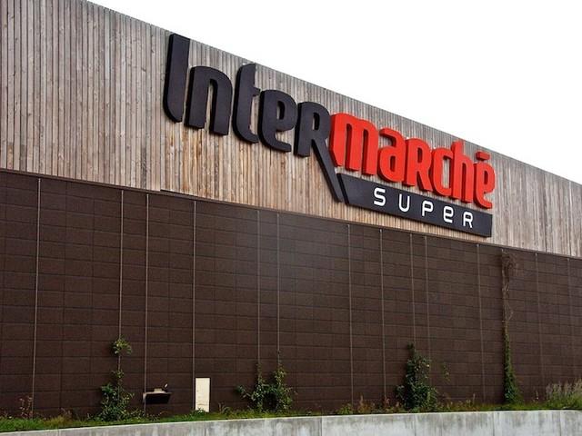Hérault : un directeur d'Intermarché veut interdire les congés en juillet et août à ses salariés