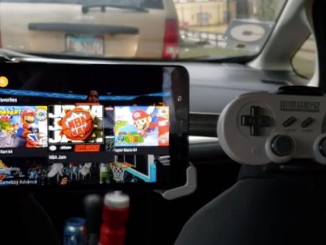 Dans ce Uber, vous pouvez jouer à la Nintendo pendant tout votre trajet !
