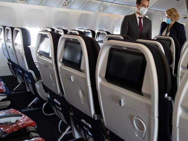 """Airbus, Air France, Renault: """"nos impôts paient les licenciements"""", dénonce le patron d'EELV"""