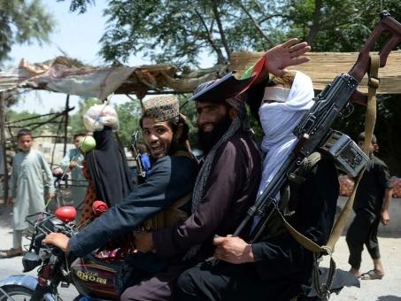 Afghanistan: les talibans ont transmis une offre de cessez-le feu aux Américains (sources insurgés)